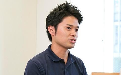 DeNAライフサイエンスの松田祐太の横を向いている画像