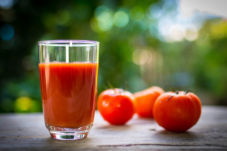 Tomato juice hypertriglyceridemia article main
