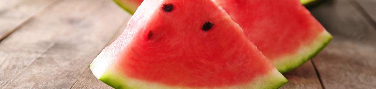 夏といえばスイカ!水分補給だけでなく、血管の病気の予防も期待できる?の画像